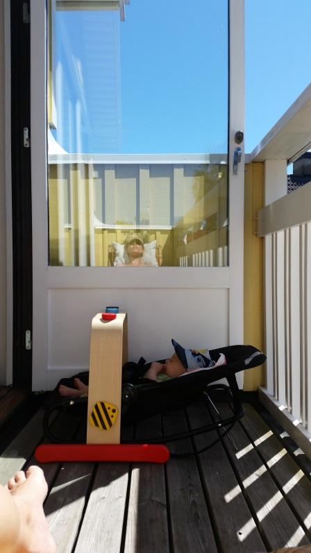 babygym på balkongen
